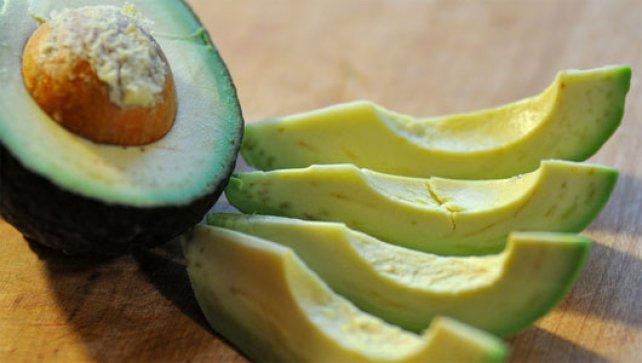 Dengeli beslenme için avokado