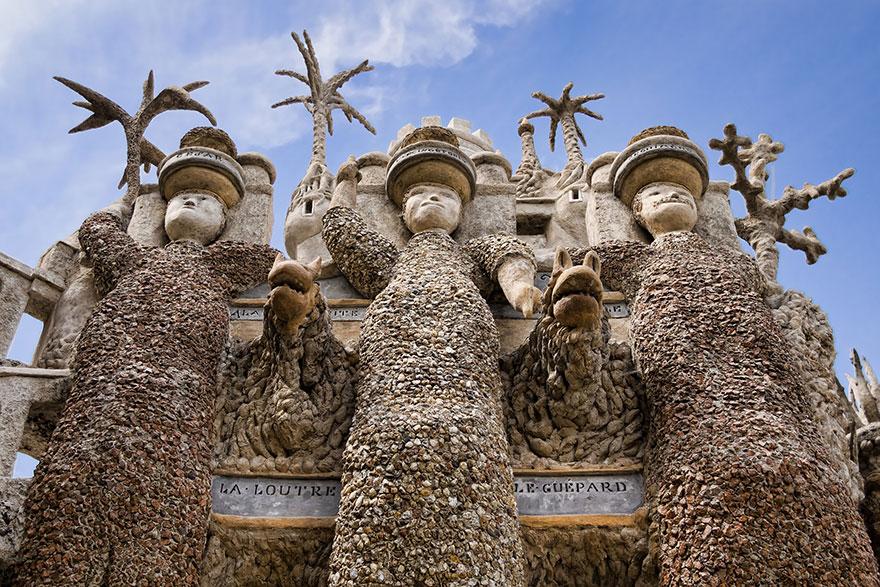Fransiz postaci palais ideal sarayi 1