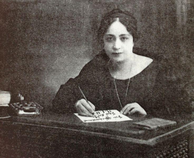 Huda Sharaawi
