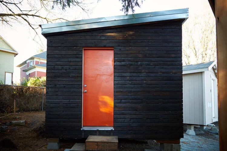 Minik ev koyu Seattle'daki evsizlere kapilarini acıyor 3 (1)