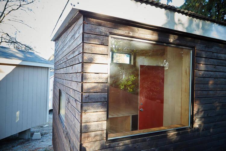 Minik ev koyu Seattle'daki evsizlere kapilarini acıyor 3 (2)