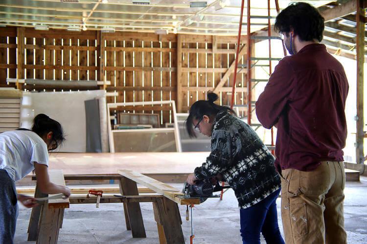 Minik ev koyu Seattle'daki evsizlere kapilarini acıyor 5 (2)