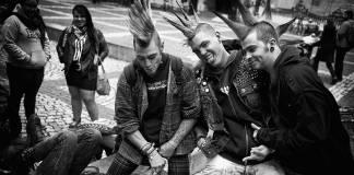 Metal ve Punk müziğin aslında dinleyenleri sakinleştirdiği ortaya çıktı