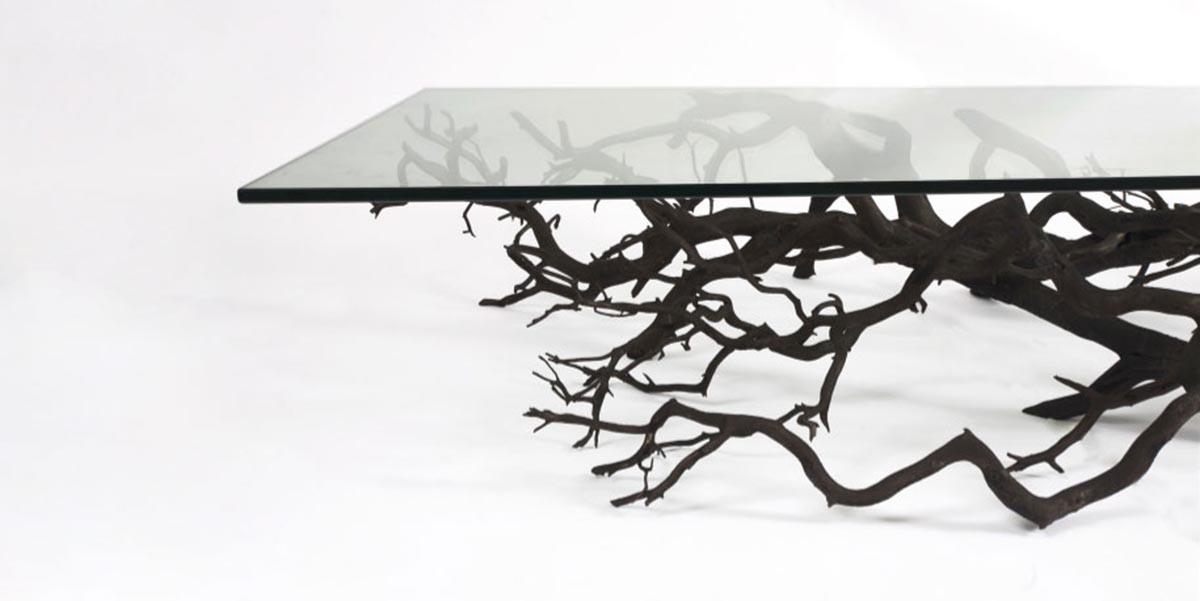 Ağaç Dallarının Minimalist Ev Eşyasına Dönüştürülmesi
