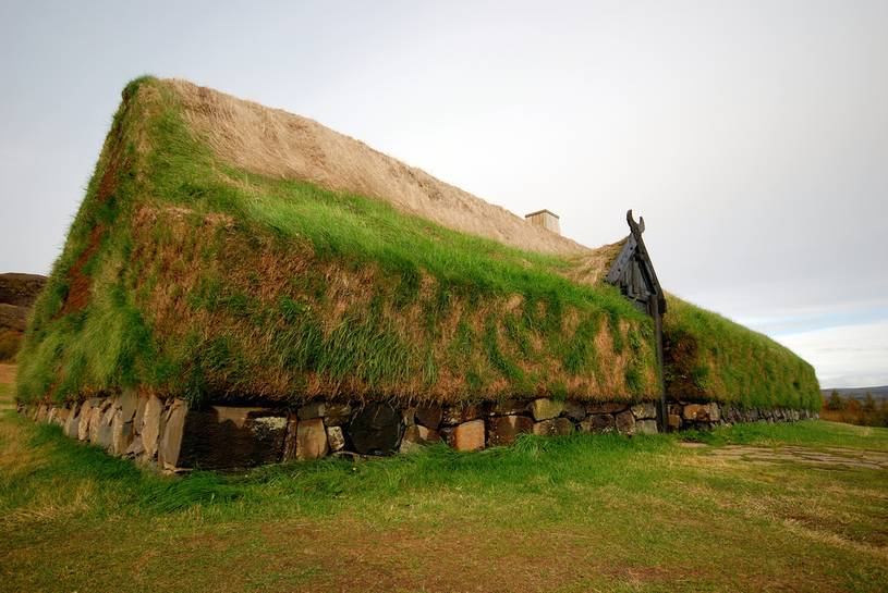 iceland-turf-house-farm-flip