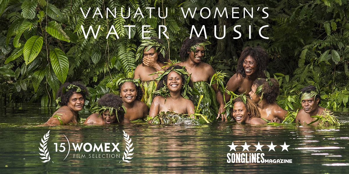 Suyun mistik müziğini ortaya çıkaran Vanuatulu kadınlar