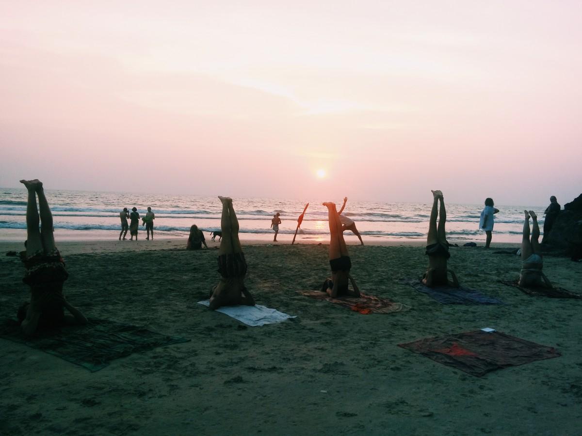 Hindistan'da Sahilde Yoga / Fotoğraf: Burak Bilen