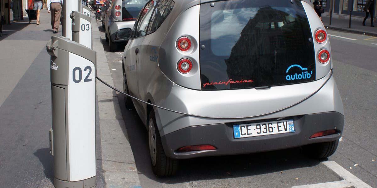 Norveç benzinli araç satışlarını yasaklıyor