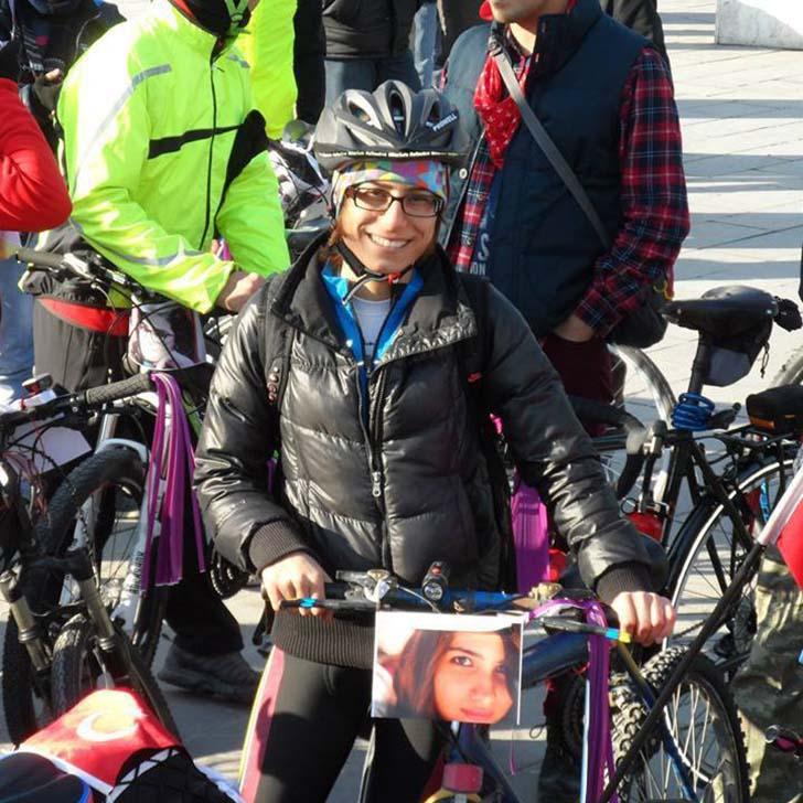 Ankara Bisikletliler Ortak Platformu-Pedallayan Kadınlar Kadın Cinayetleri için pedalladı.