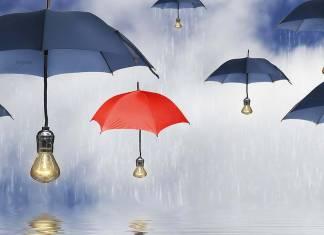 Güneş enerjili şemsiyeler gittikçe ısınan dünyada hayat kurtarabilir