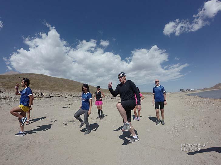 Tekir Gölü kıyısında koşu antrenmanları