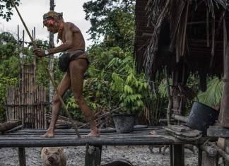 Modern dünya çatışmaları: Mentawai kabilesi