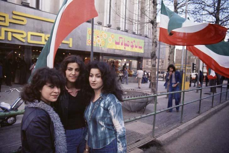 iran-devriminden-once-kadinlar-1