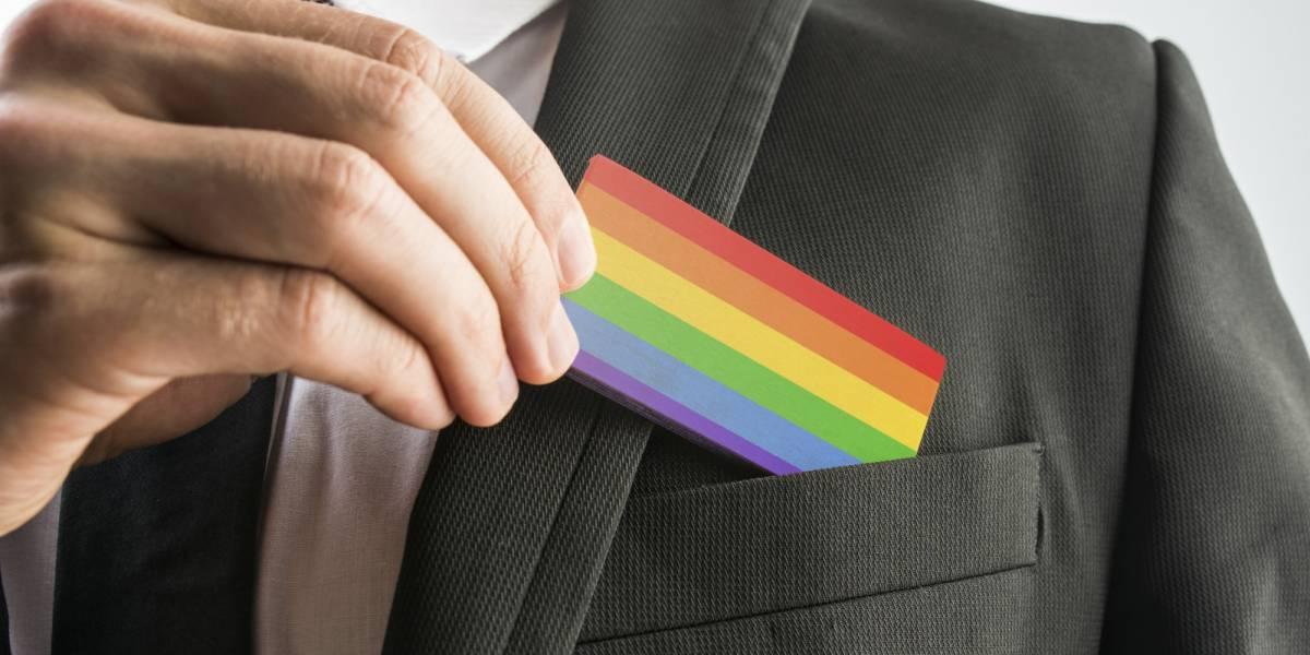 LGBTİ çalışanlar işyerinde kendini gizlemek zorunda bırakılıyor