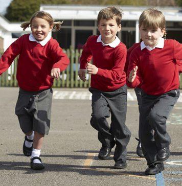 Yeni Zelanda'da bir okul cinsiyetçi okul formasından kurtuluyor
