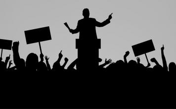 Politikleşmenin dayanılmaz hafifliği