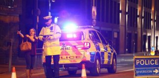 """Manchester Arena'da """"patlama"""": Ölü ve yaralılar var"""