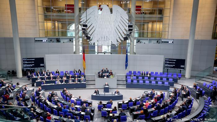 Eşcinsel evlilik Alman Meclisi'nden geçti