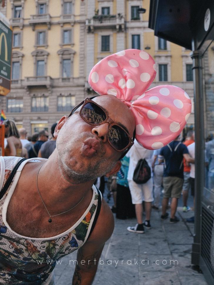 Fotoğrafçı Mert Bayrakcı'nın gözünden her rengiyle, özgür ve korkusuz insanlarıyla Milano Pride